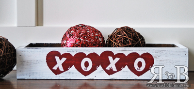 Centerpiece Box - XOXO